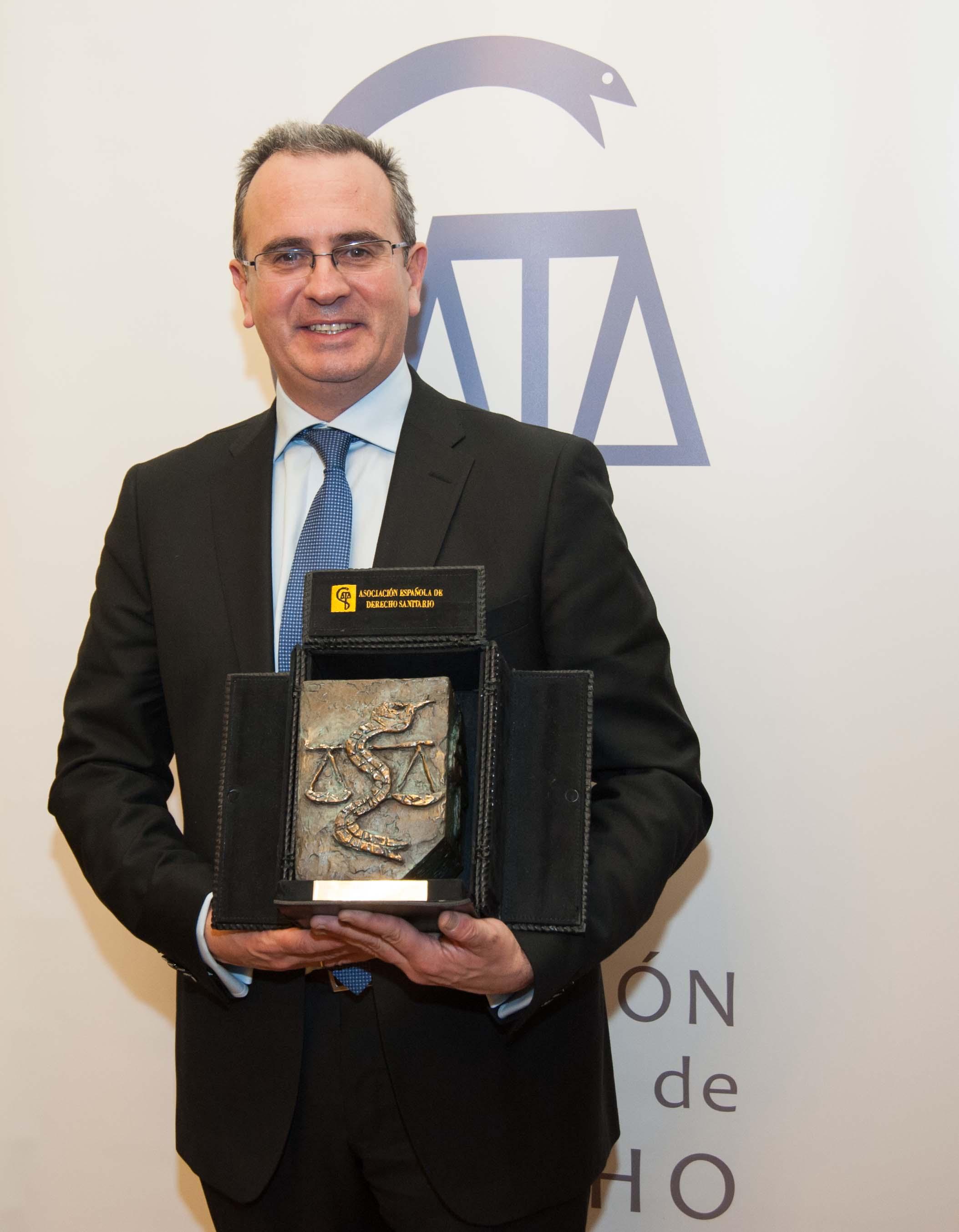 José Mª Mora, premio Derecho Sanitario
